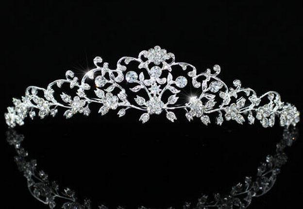 4a1c5c1697 Επάργυρη Πανέμορφη Vintage Σχέδιο Νυφική Τιάρα Γάμου με Κρύσταλλα Swarovski