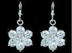 Elegant, Classic Off White Shell Pearls, Pearl Choker