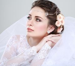 "Beautiful Hair Accessory with Crystals ""Nefetiti"""