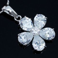 High Quality Flower 5 Carats Pear Cut CZ Simulated Diamond Pendant & Necklace