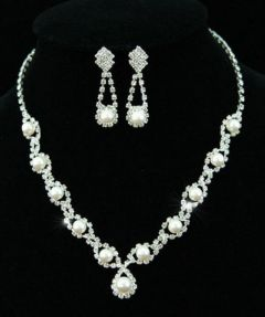 Bridal Jewellry Set Crystal Necklace & Earrings