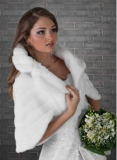 "Faux Fur Bridal Cape, Bolero in White ""Icy"""