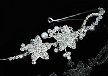 "Silver Plated Bridal Wedding Crystal Flower Headband, Headpiece ""Salva"""