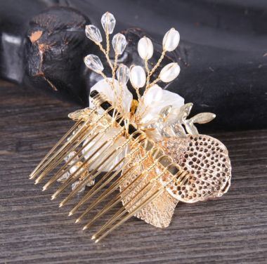Pretty Girl's Gold Comb with Flower Crystals and Pearls